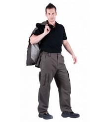 UKARI Pantaloni standard